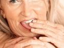 Vrouw zoekt man Ingetogen vrouw van 59 jaar zoekt leuke spontane m